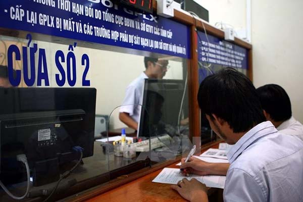 Hướng dẫn cấp đổi giấy phép lái xe thủ tục nhanh gọn tại Hà Nội